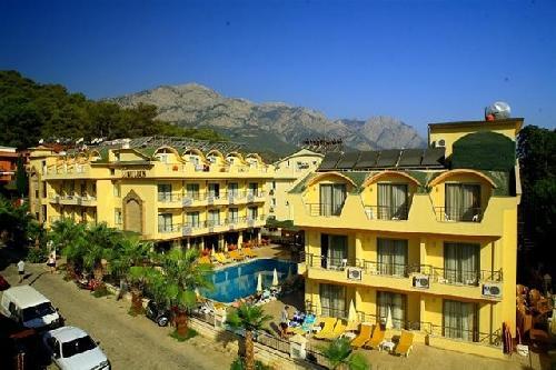 Grand Lukullus Hotel transfer