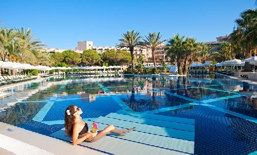 Crystal Tat Beach Golf Resort Spa Antalya Flughafen transfer
