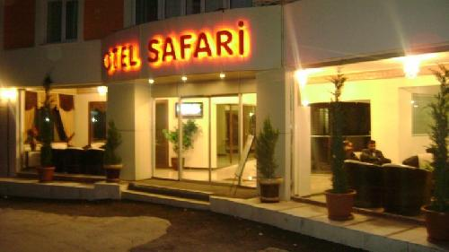 Safari hotel transfer