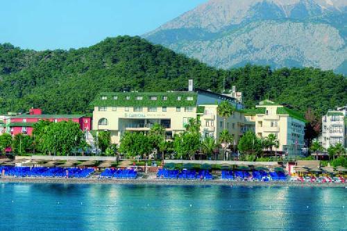 Lancora Beach Hotel transfer