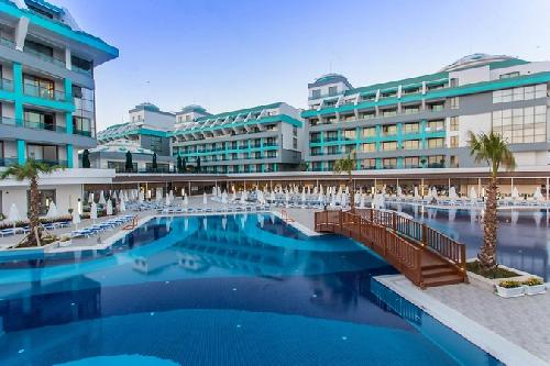 Sensitive Premium Resort Antalya Flughafentransfer