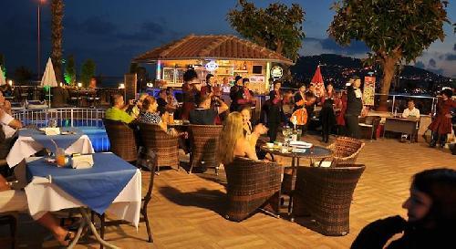 Parador Beach Hotel transfer