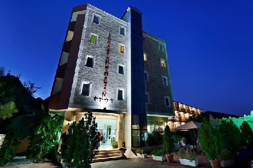 Larissa Garden Hotel transfer