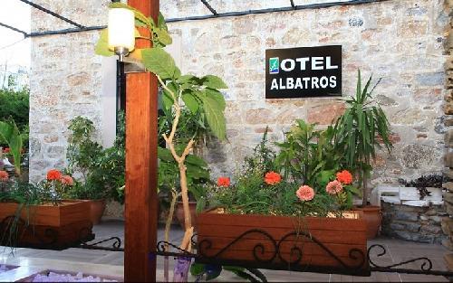 Albatros Hotel transfer