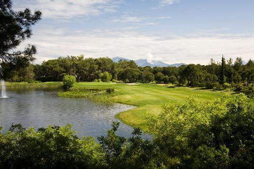 National Golf Club transfer