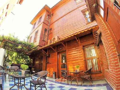 Ottomans-Pearl-Hotel-transfer