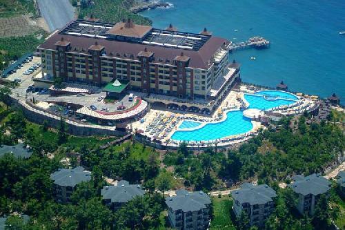 Utopia World De Luxe Hotel transfer