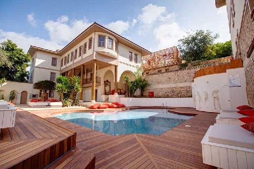 Puding Marina Residence transfer