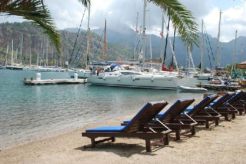 Cennet Marine Yacht Club transfer