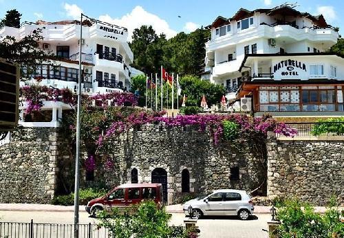 Naturella Hotel Apart transfer