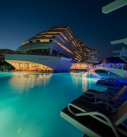 Titanic Beach Hotel Lara transfer