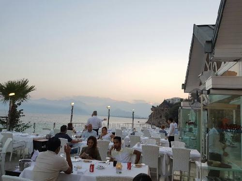 Restaurant-Club-Arma