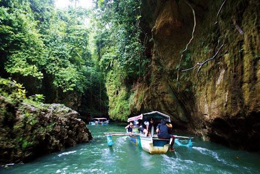 Canyon Green tour